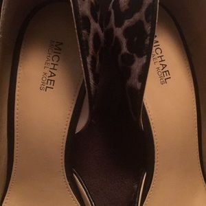 Michael Kors Shoes - Michael kors flex high pump size 9 leopard print